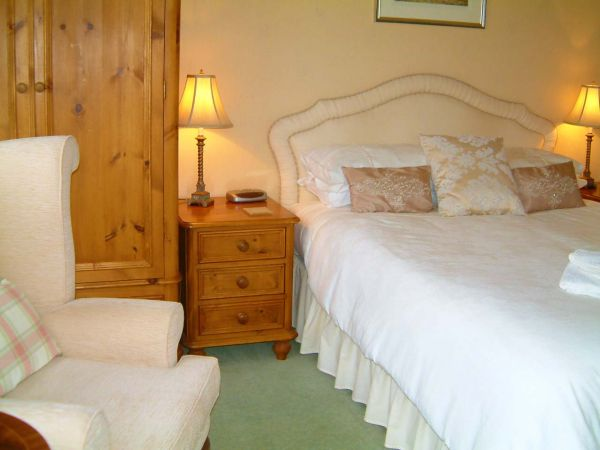 Pen-y-ghent accommodation at Yoredale Guesthouse, Aysgarth